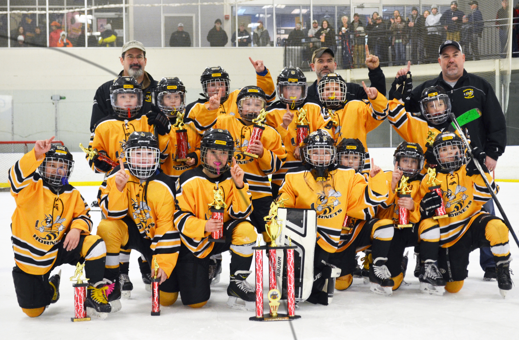 Central Maine Hornets Tier III Squirts win Winter Classic.
